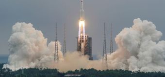 Rocket expected to plunge back to Earth by Sunday