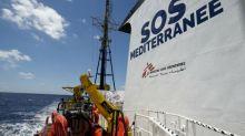 """SOS Méditerranée promet des poursuites en diffamation à ceux qui """"criminalisent"""" son action"""