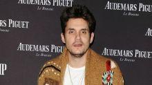 John Mayer ya no toma, sólo fuma marihuana
