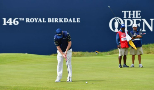 SOUTHPORT, ENGLAND - JULY 22: Branden Grace makes his putt for par on the 18th green to shoot a 62, the lowest round in major history. (Getty)