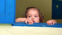 José Loreto mostra Bella na janela e fãs comentam: 'Cópia do pai'