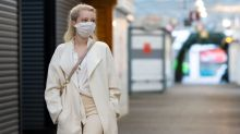 Face masks mandatory in England's shops from 24 July