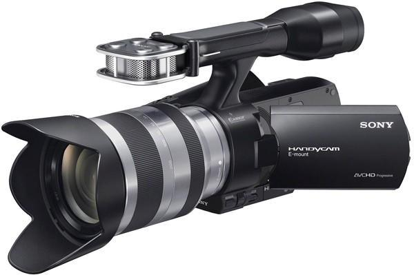 Sony debuts the Handycam NEX-VG20