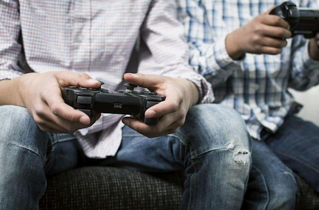 Study: Men who harass women online suck at games (and life)
