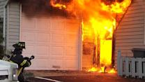 Dramatic on-the-scene home fire video