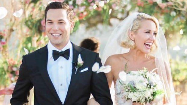 Newlyweds Anna Camp And Skylar Astin Share The Sweetest