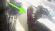 """""""Nessuno è intervenuto a sostegno dell'uomo colpito al volto dal tassista"""""""