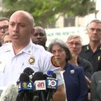 35 rescued from Florida building collapse