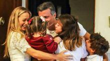 Líder opositor venezolano Leopoldo López se reencuentra con su familia en Madrid