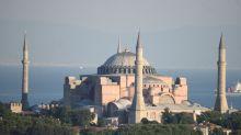 """""""Muy dolido"""": el papa Francisco criticó la reconversión de Santa Sofía en mezquita"""