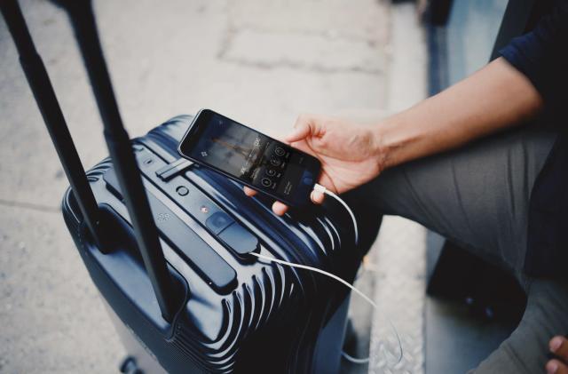Bluesmart shuts down following smart luggage battery ban