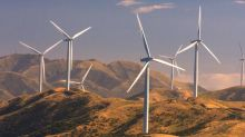 What Is TransAlta Renewables's (TSE:RNW) P/E Ratio After Its Share Price Tanked?