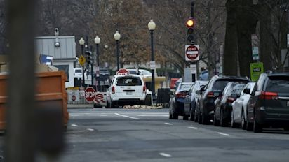 Woman crashes car into White House barricade