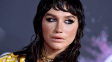 Kesha posa recién levantada sin maquillar en Instagram
