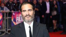 Here's your first look at Joaquin Phoenix's Joker