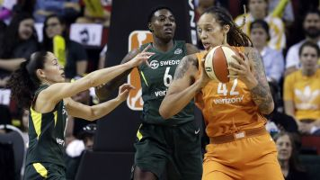 Brittney Griner says refs won't protect her