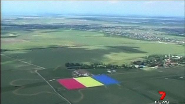 Largest flag unfurled in Romania
