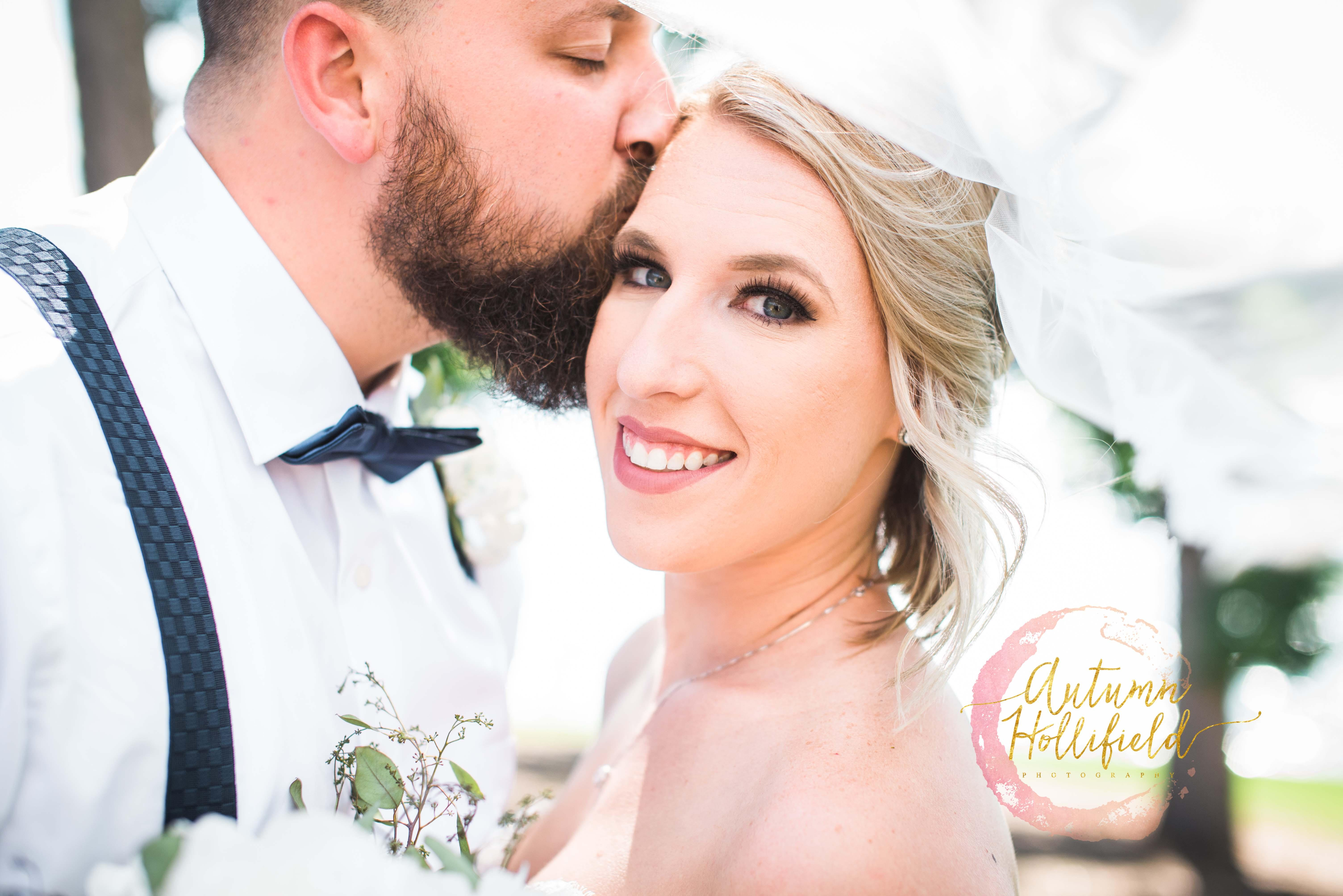 This Vet And His Bride Got Their Dream Wedding When A Cancelled Was Auctioned Off