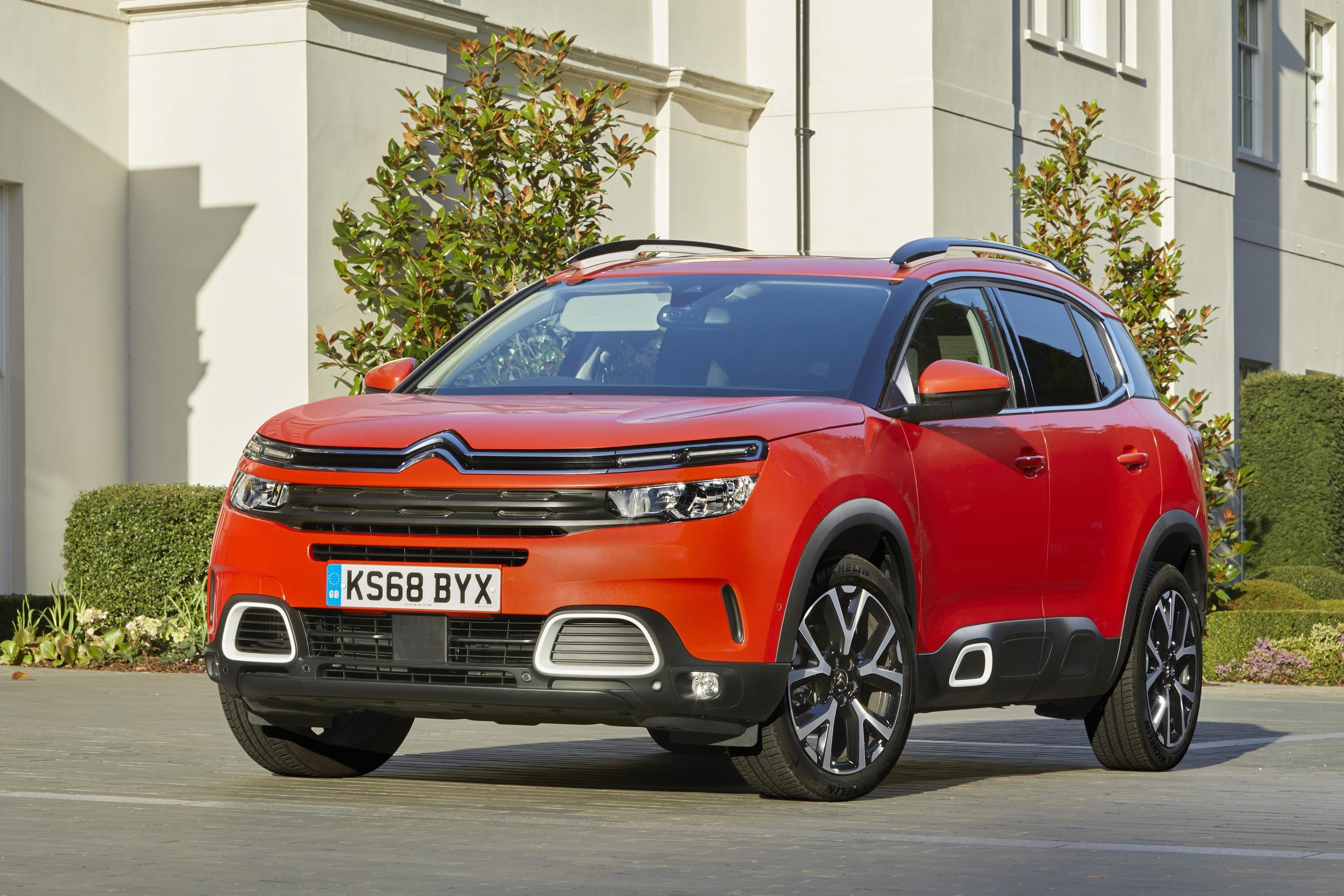 India-bound Citroen C5 Aircross SUV: First Review