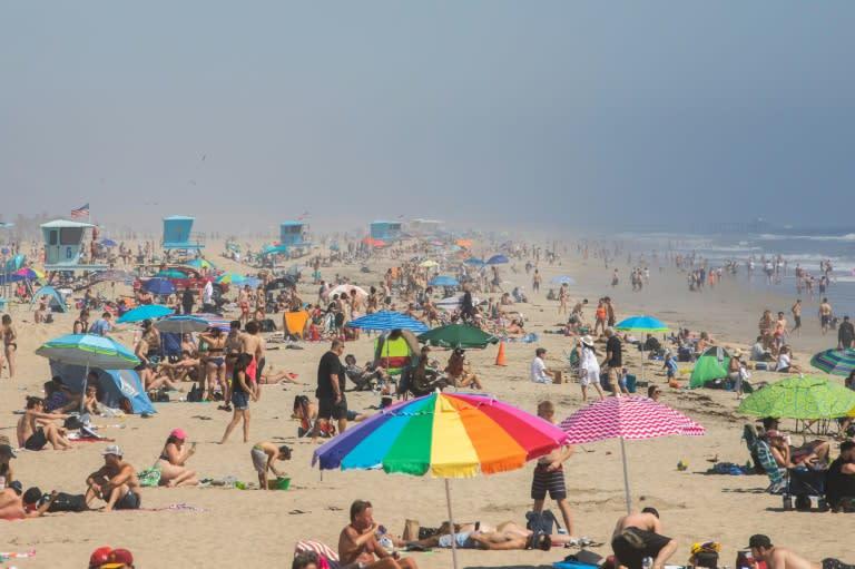 Coronavirus: California governor admonishes weekend crowds who flocked to beaches