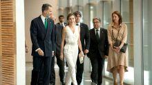 ¿Qué te parece el jumpsuit blanco de la reina Letizia?