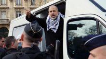 """Assassinat de Samuel Paty : le militant islamiste Abdelhakim Sefrioui mis en examen se dit """"abasourdi, effondré"""""""