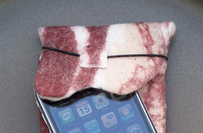 The bacon iPhone sleeve: for discerning eyes only