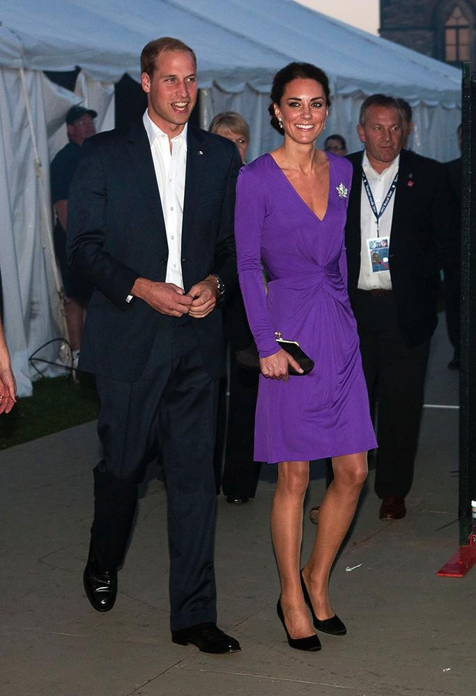 Kate was a bronzed beauty in this long-sleeved, purple Issa dress on the royal couple's Canada tour.