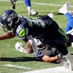 Seahawks RB Chris Carson has first-degree knee sprain after dirty Trysten Hill hit