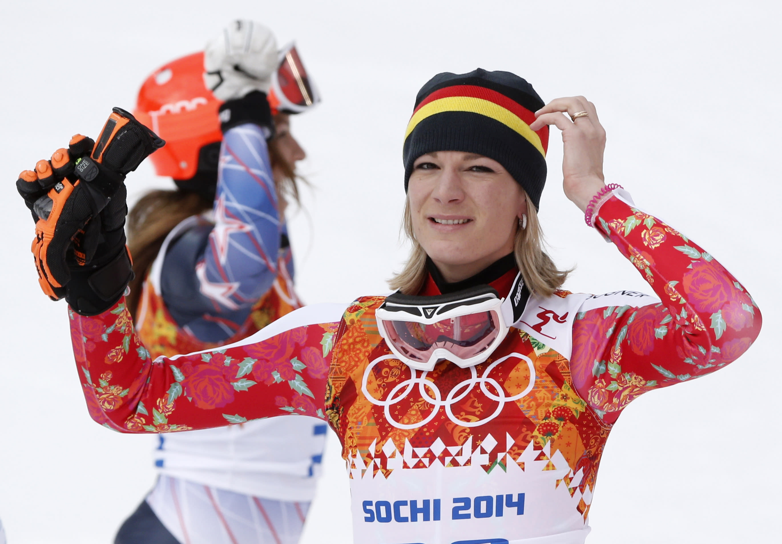 maria hoefl riesch wins olympic super combined. Black Bedroom Furniture Sets. Home Design Ideas