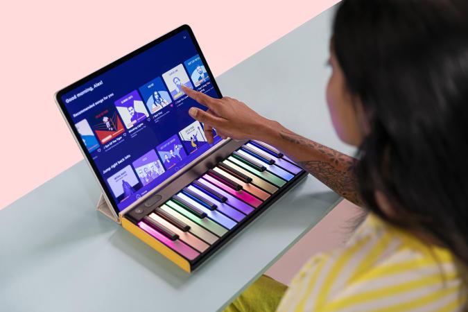 Roli's Lumi keyboard