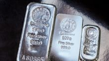 Silver Markets Show Signs of Exhaustion at Major Resistance Barrier