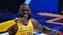 LeBron James Praises Stephen Curry, Damian Lillard: 'Simply Ain't Fair!!!'