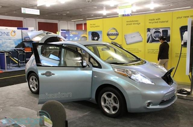 Nissan to give Leaf faster charger in 2012: home charging goes from glacial to a snail's pace?