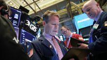 Wall St cai com cautela de investidor sobre comércio