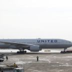 United profit beats forecasts as new flights from hubs pay off