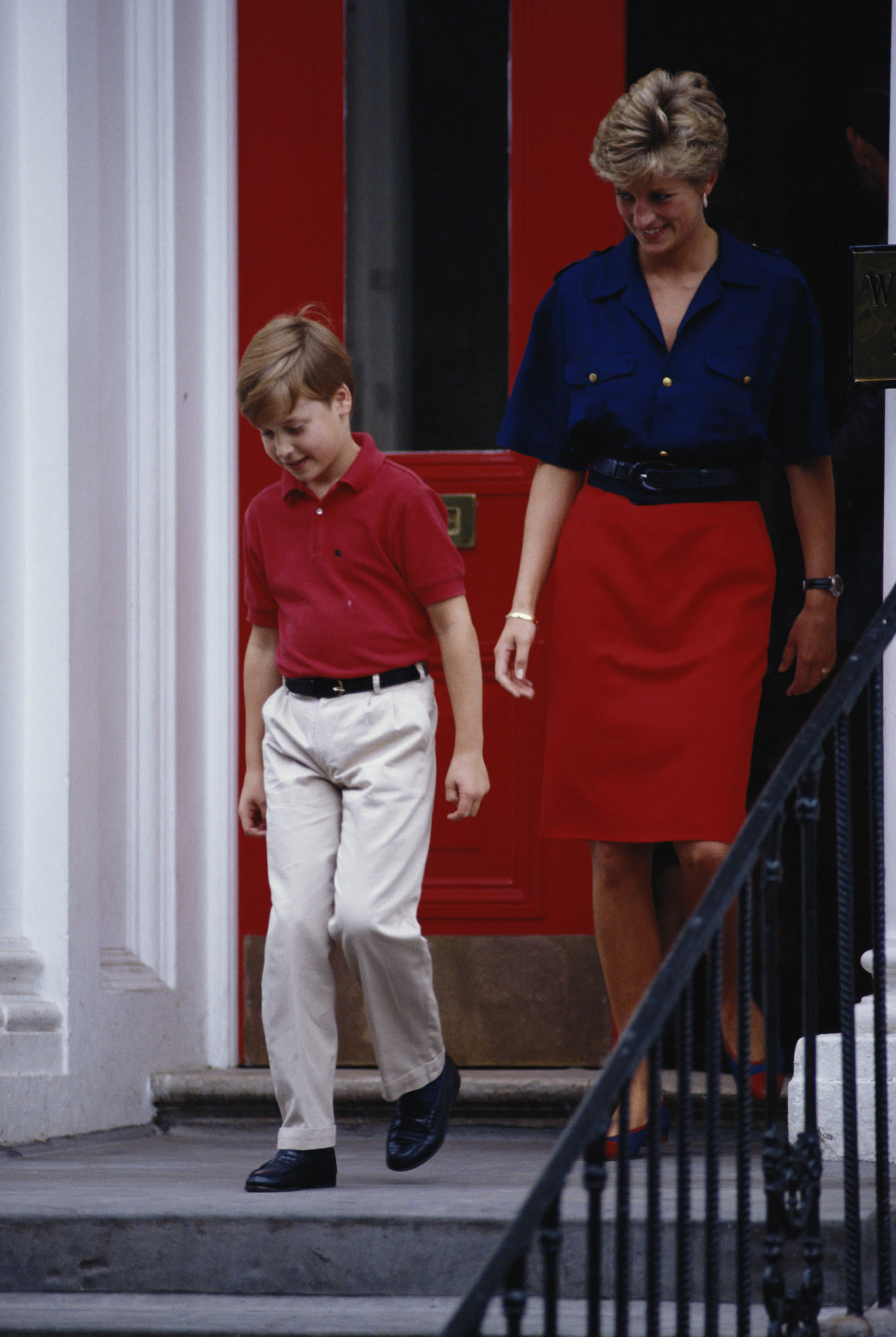 Diana, Princess of Wales (1961 - 1997) leaves Wetherby School in London with Prince William, having dropped off her younger son, Prince Harry, 5th September 1991. (Photo by Tim Graham/Getty Images)