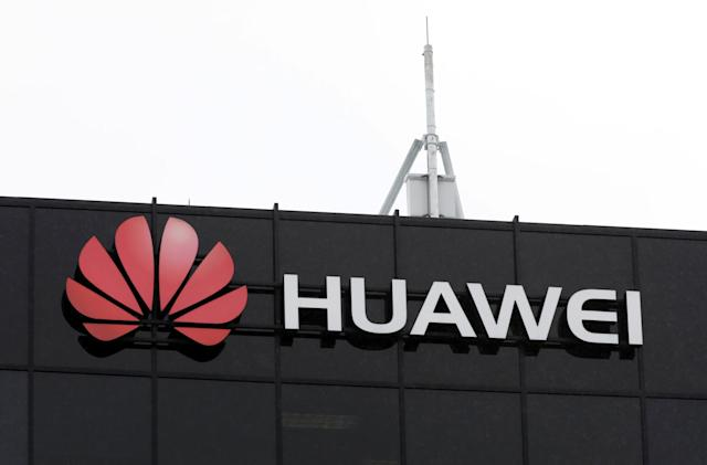 US bills would ban exports to Chinese telecoms that violate sanctions