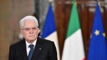"""Elezioni, Mattarella: """"Astensionismo mina democrazia. Nessuno deve chiamarsi fuori"""""""