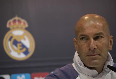 Zidane no cree que el Clásico es decisivo para el título de Liga