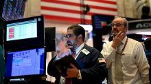 A Wall Street, le Dow Jones accélère sa chute et perd 4%