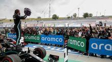 """Alonso defende legado de Hamilton: """"Você não ganha sete títulos por sorte ou por ter o melhor carro. Ele tem algo a mais"""""""