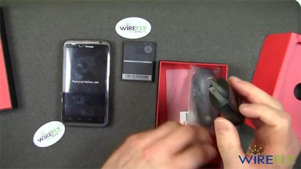 HTC Thunderbolt gets unboxed by Wirefly, Verizon delays launch?