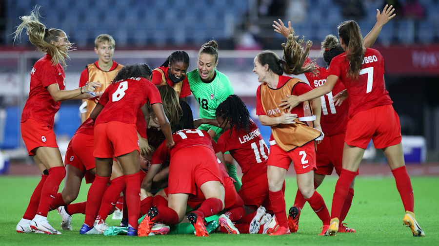 Canada off to Olympic semis after thrilling PK win
