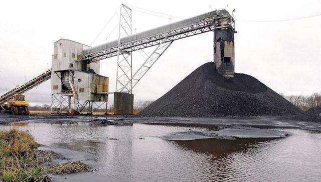 Biggest US coal miner bankrolled anti-climate change groups