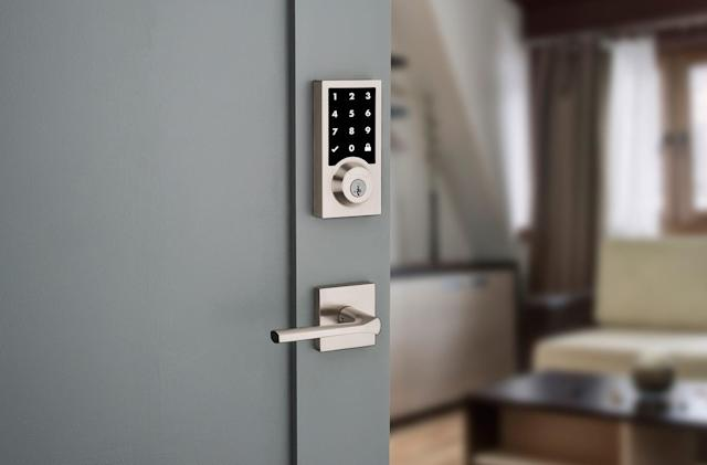 Kwikset and Mighton unveil HomeKit-friendly smart locks