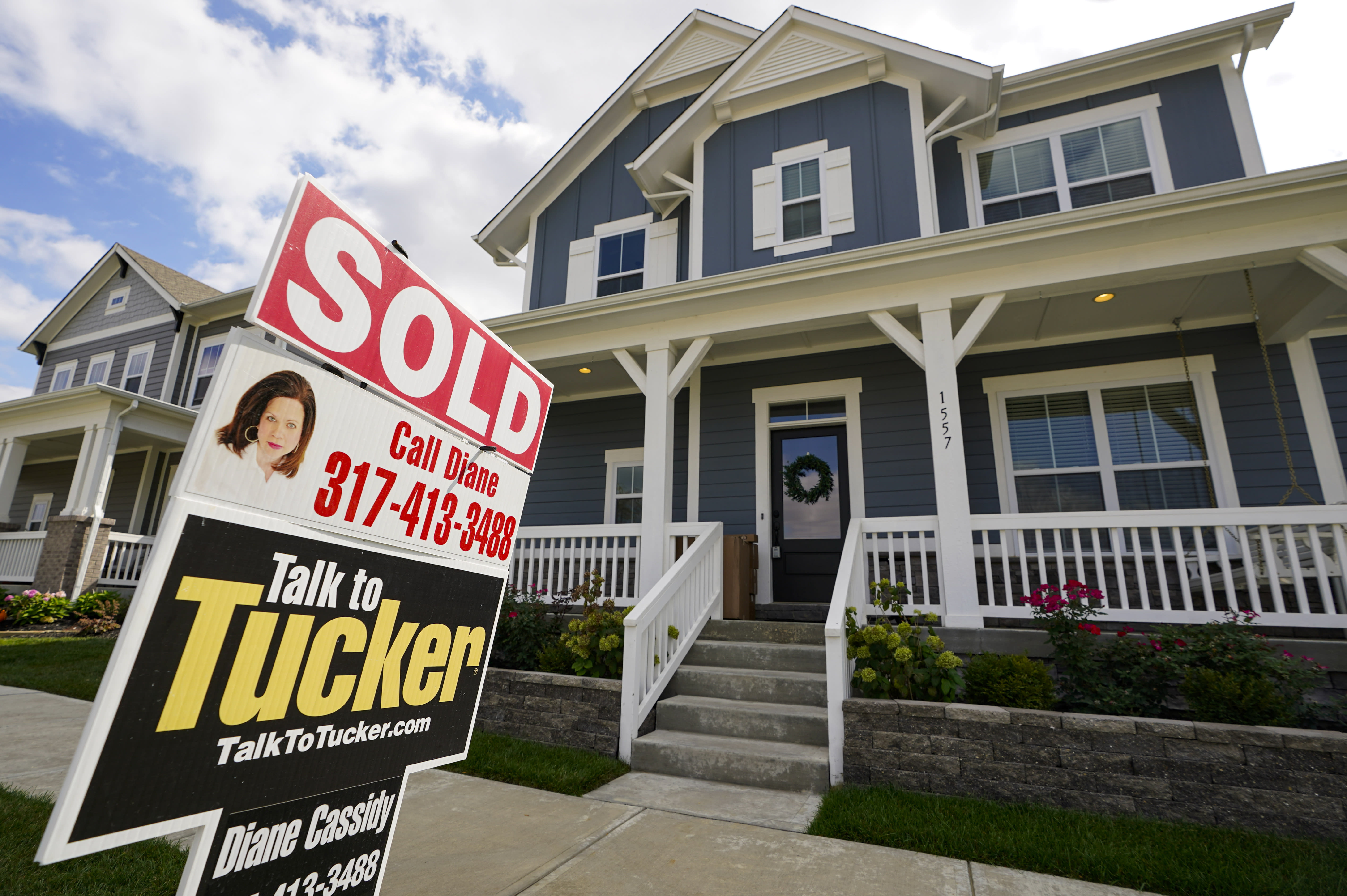 US long-term mortgage rates flat to lower; 30-year at 2.78%