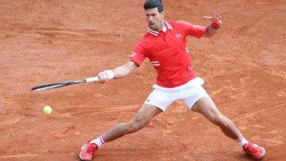 Tennis - ATP - Belgrade - Novak Djokovic se promène pour son entrée en lice à Belgrade