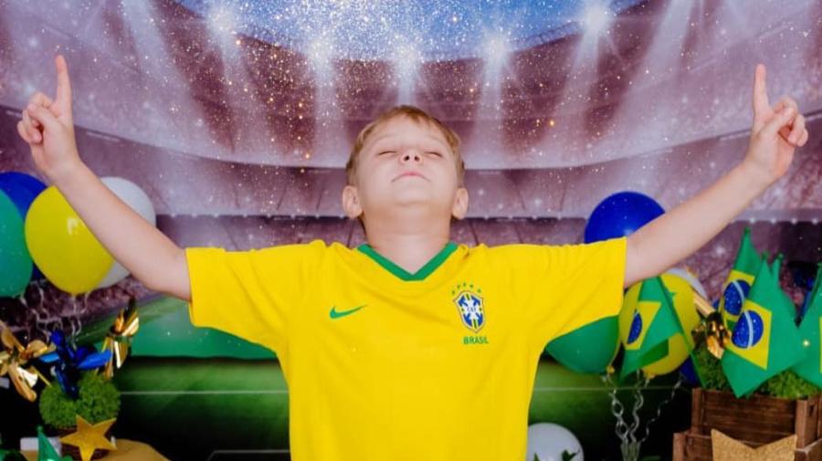 El hijo de Neymar se roba el show; mira como apoya a Brasil en Rusia 2018