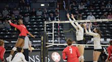 UH volleyball splits series with Wichita State to end regular season